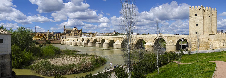 Cordoue, pont romain et Torre de la Calahorra