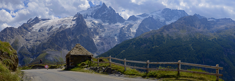 Hautes Alpes, Le Chazelet, oratoire des portes (massif de la Meije)