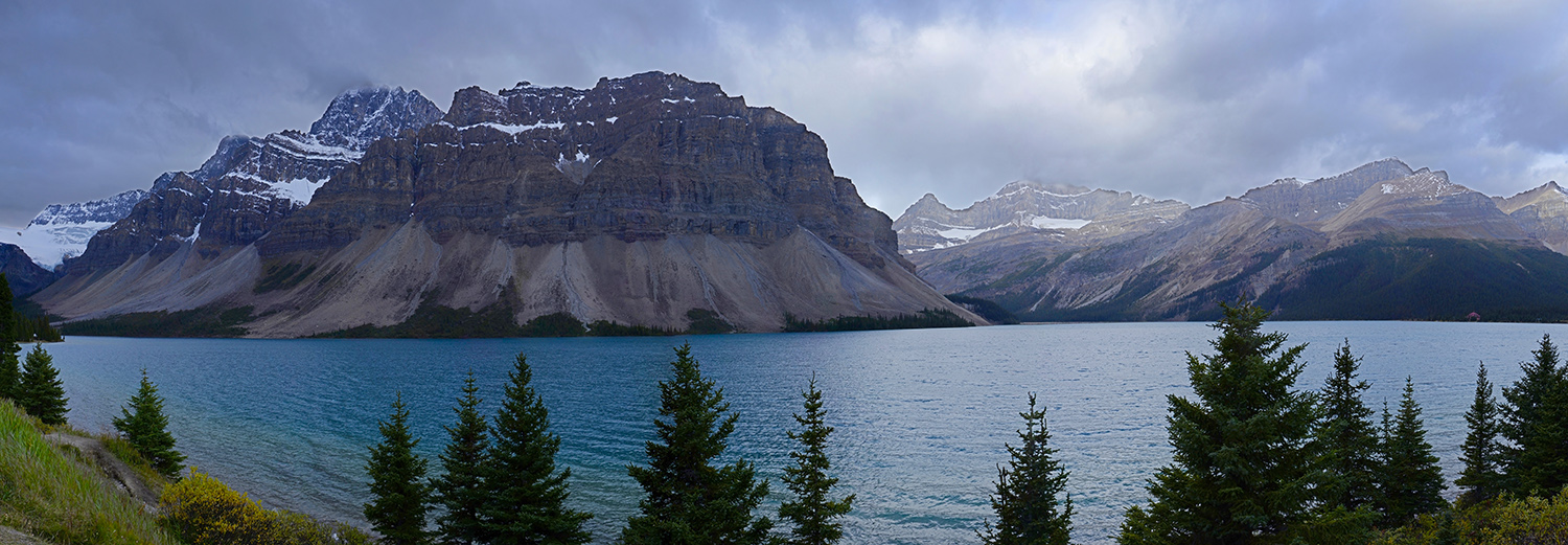 Alberta, lac Bow & glacier Crowfoot