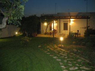 Villa - Giardino di sera