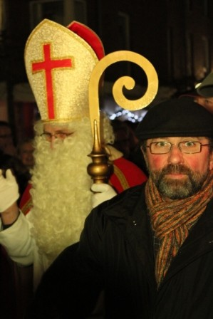 2012-der Wegberger Nikolaus beim Auftritt der Beecker Spätzchen