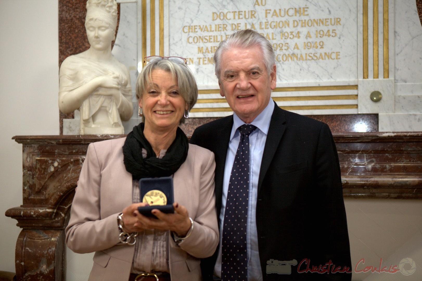 Simone Ferrer, Cénac