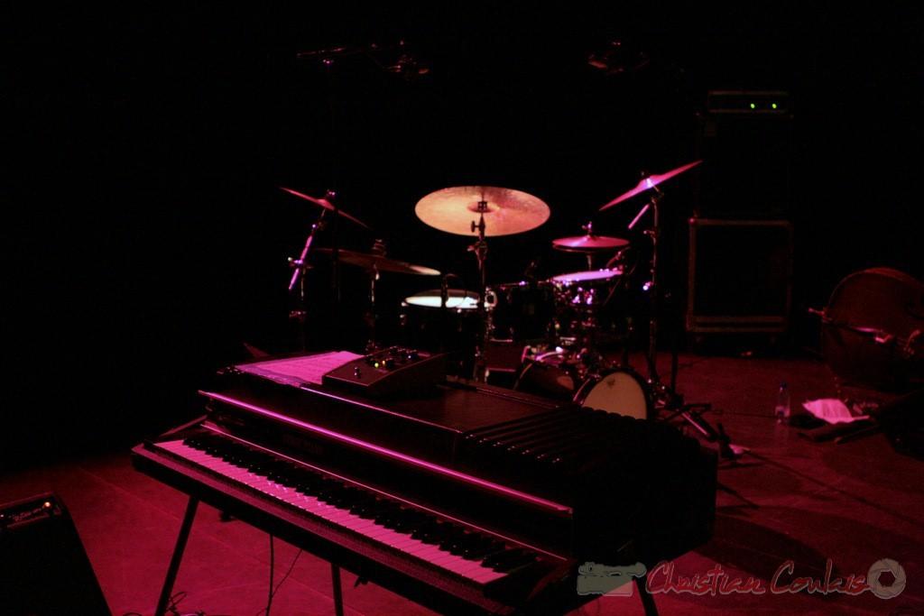 "Fender Rhodes; Médéric Collignon ""Jus de Bocse"". Festival JAZZ360 2011, Cénac. 04/06/2011"