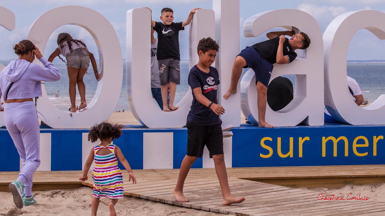 """""""#soulac, on s'y amuse 2"""" Soulac-sur-Mer. Samedi 3 juillet 2021. Photographie © Christian Coulais"""