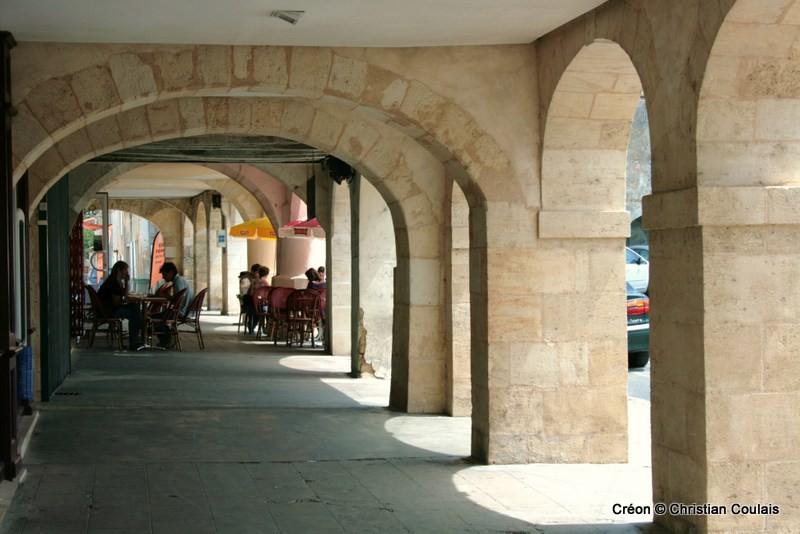 Arcades de la Place de la Prévôté, Créon