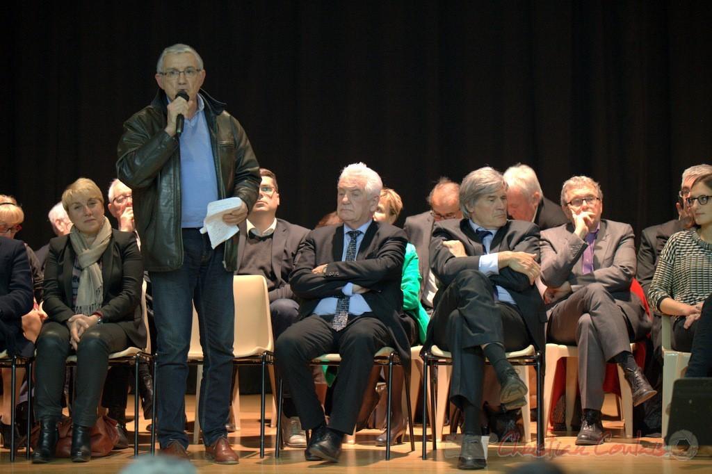 """Bernard Castagnet, candidat face au Vicomte Yves d'Amecourt. Meeting """"Majorité départementale"""" aux élections départementales de la Gironde, Blasimon, 9 mars 2015"""