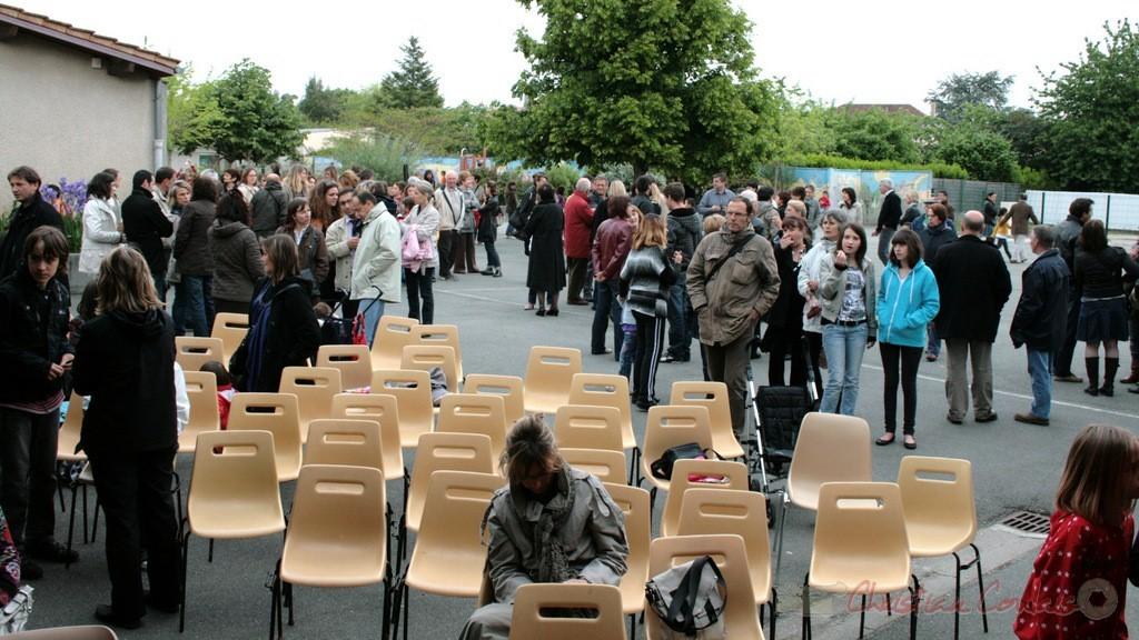 Entracte après la chorale jazz des écoles de la CDC des Portes de l'Entre-Deux-Mers. Festival JAZZ360 2010, Cénac. 12/05/2010