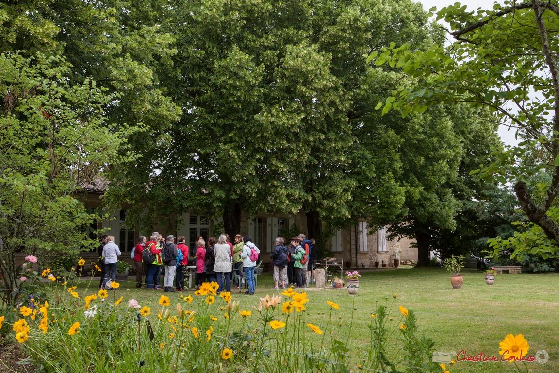 12/06/2016. Dégustation lors de la randonnée pédestre Cénac-Quinsac, au Château Brethous, Camblanes-et-Meynac. Festival JAZZ360