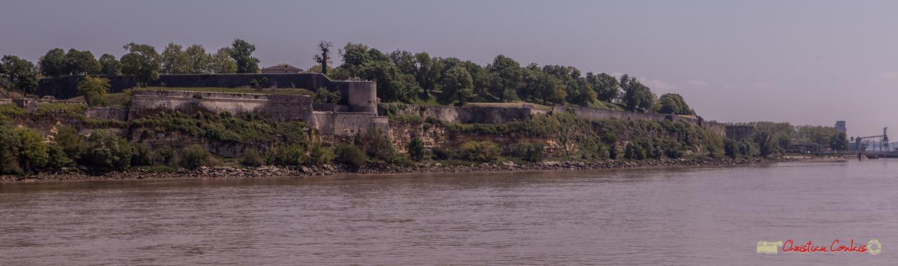 La citadelle de Blaye est un complexe militaire de 38 hectares bâti entre 1685 et 1689... Estuaire de la Gironde. 06 /05/2018