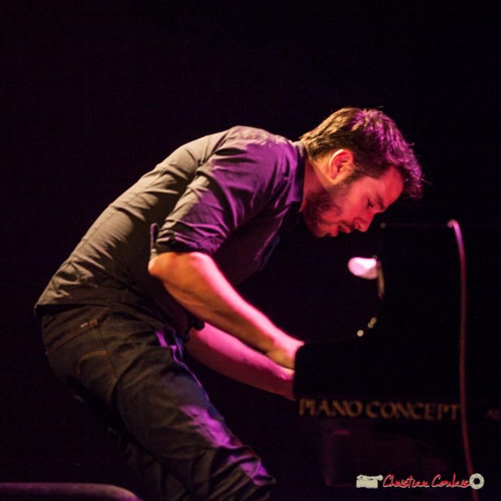 """Etude de mouvements 5"". Rémi Panossian; Rémi Panossian RP3 Trio. Festival JAZZ360, Cénac, 9 juin 2017"