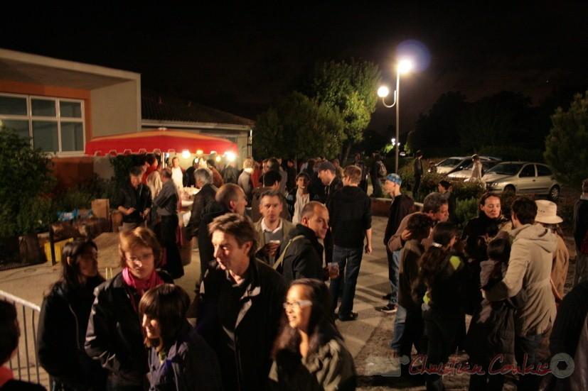 Sortie du concert de Sylvain Luc, Festival Jazz360, Cénac