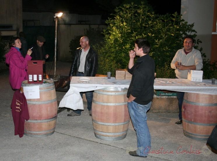 Dégustation de vins de Cénac. Sortie du concert de Fada. Festival JAZZ 2010, salle culturelle de Cénac. 14/05/2010