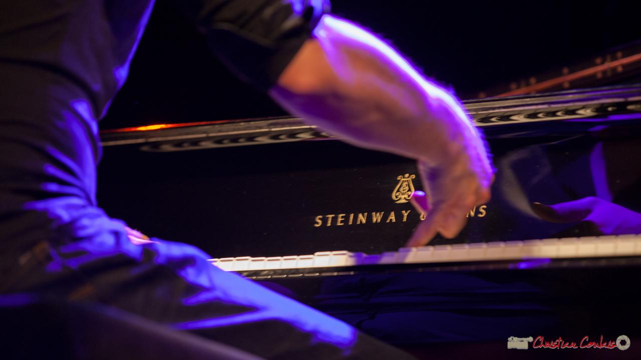 """Etude de mouvements 3"". Rémi Panossian, Rémi Panossian RP3 Trio, Festival JAZZ360, Cénac, 9 juin 2017"