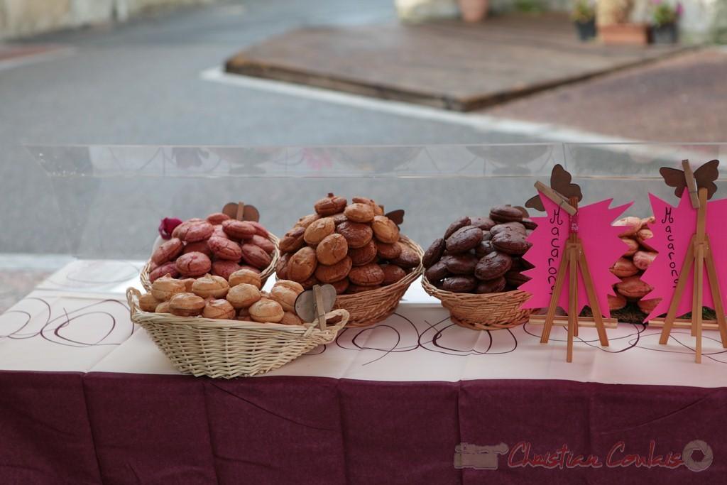 Stand de macarons, Marché de Créon, Gironde