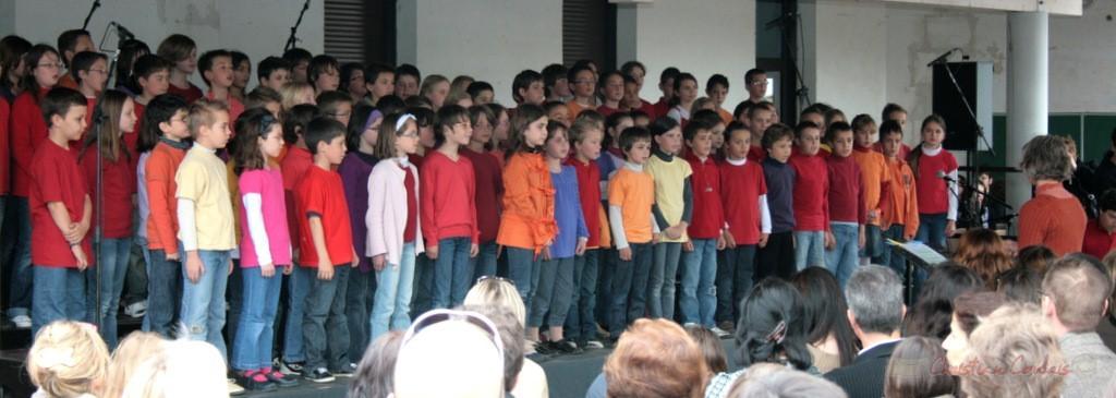 Chorale jazz des écoles de la CDC des Portes de l'Entre-Deux-Mers. Festival JAZZ360 2010, Cénac. 12/05/2010