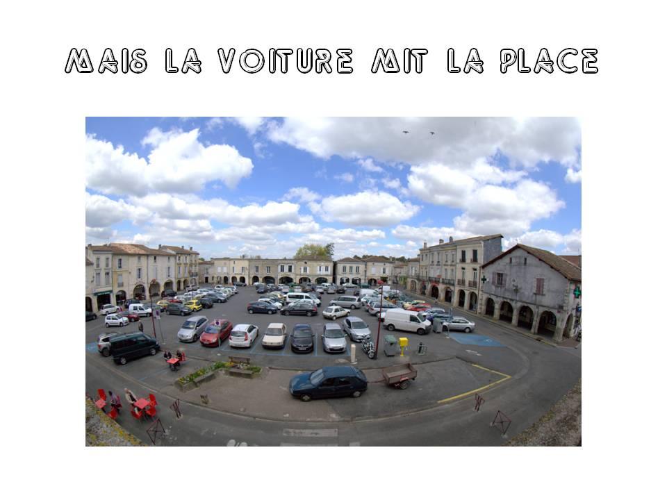 Place de la Prévôté depuis la Mairie de Créon. Photo couleurs : Mairie de Créon / Christian Coulais