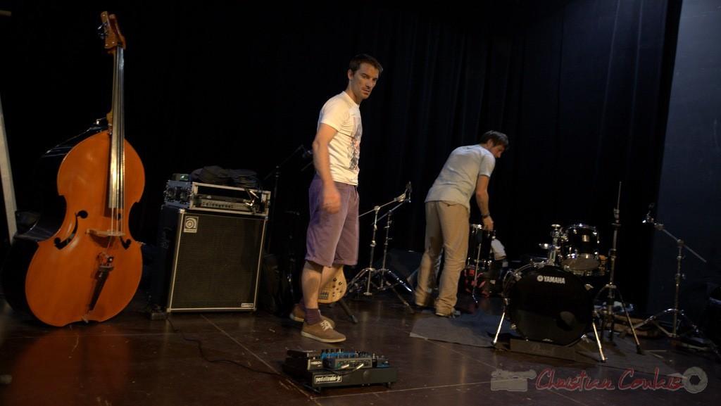 Rémi Bouyssière et Martin Wangermée avant les balances. Coulisses Festival JAZZ360, 12/06/2015