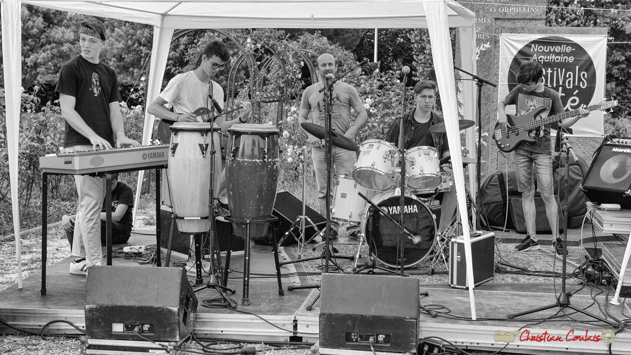Piano, guitare, (Rémi Poymiro) batterie, guitare basse. Big Band Jazz du collège Eléonore de Provence (Monségur) conduit par Rémi Poymiro. Festival JAZZ360 2018, Cénac. 08/06/2018