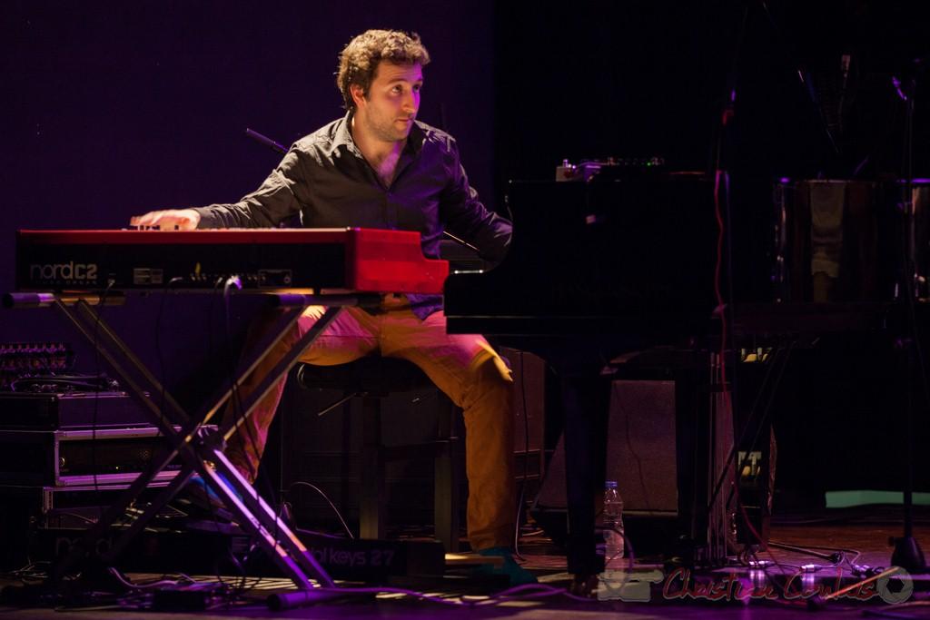 """""""Entre deux claviers"""" Laurent Coulondre. Festival JAZZ360 2015, Cénac"""