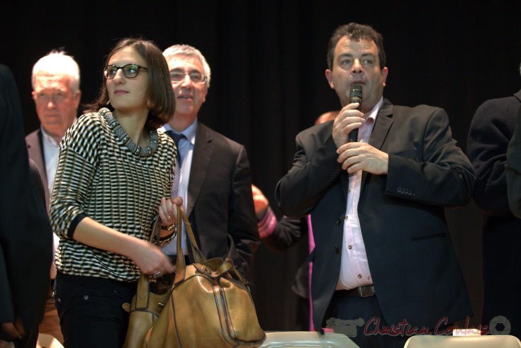 """Daniel Barbe, Maire de Blasimon clôture les discours. Meeting """"Majorité départementale"""" aux élections départementales de la Gironde, Blasimon, 9 mars 2015"""
