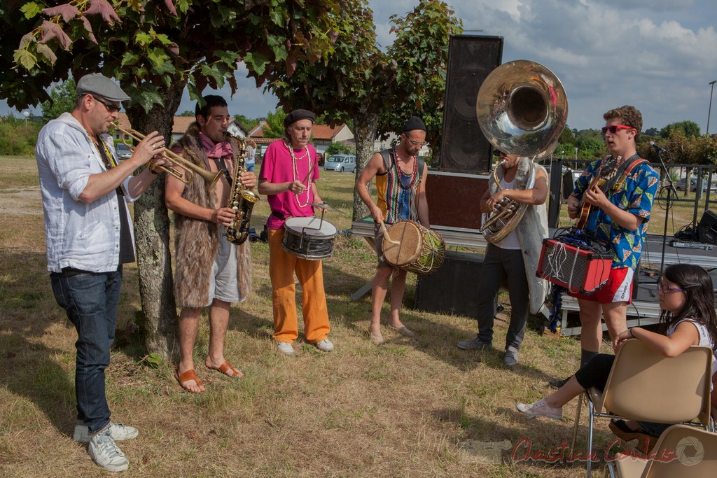Ouverture du Festival JAZZ360 2015 par Elephant Brass Machine, Cénac