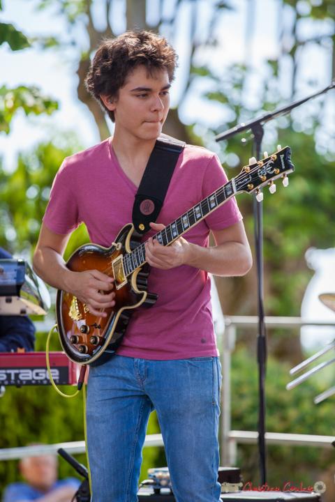 Tom Ibarra, guitariste; Tom Ibarra Group. Festival JAZZ360, 10 juin 2017, Camblanes-et-Meynac