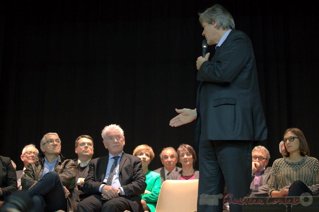 """Stéphane le Foll s'adresse à Philippe Madrelle. Meeting """"Majorité départementale"""" aux élections départementales de la Gironde, Blasimon, 9 mars 2015"""