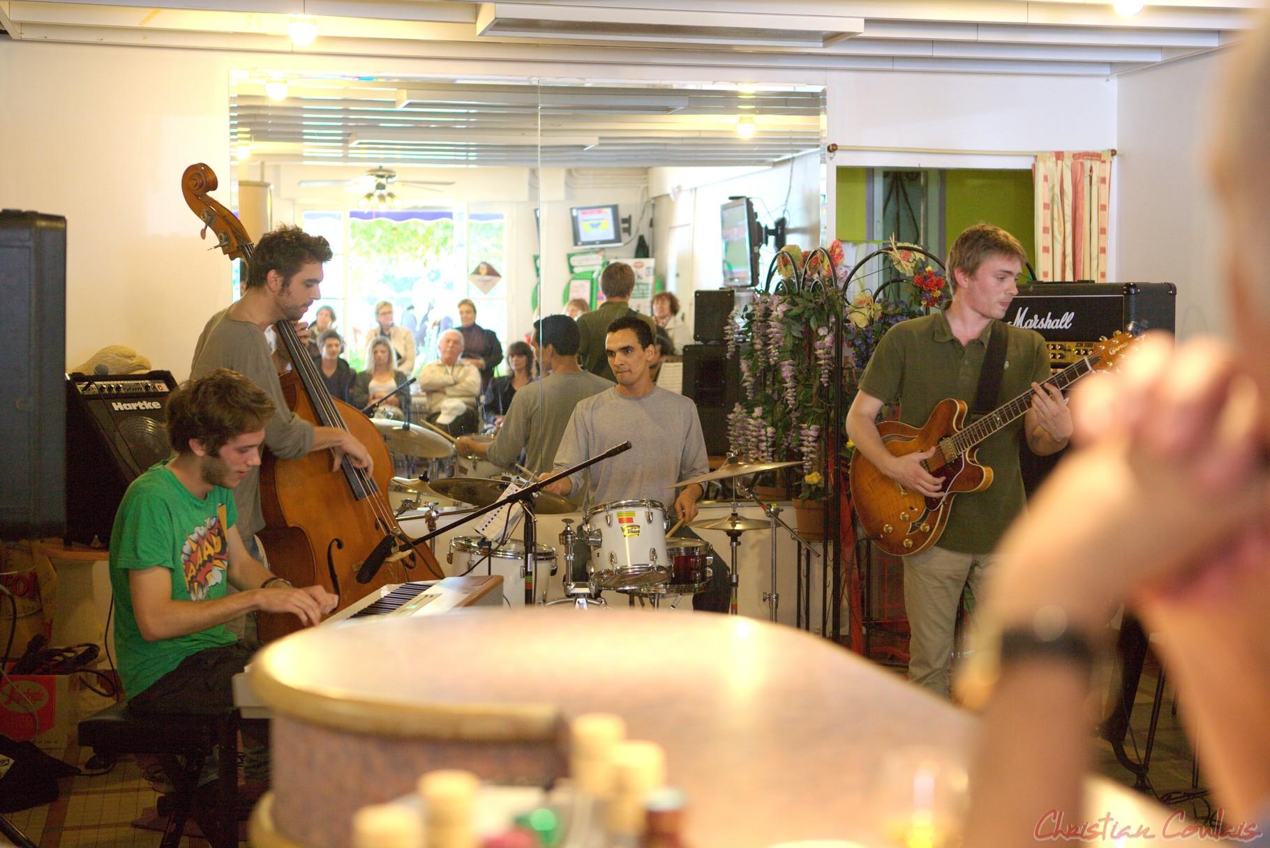 Festival JAZZ360 2012, Atelier Jazz du Conservatoire Jacques Thibaud de Bordeaux, bar le Liberté, Cénac