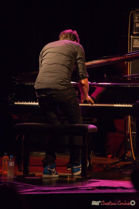 """Etude de mouvements 1"". Rémi Panossian, Rémi Panossian RP3 Trio, Festival JAZZ360, Cénac, 9 juin 2017"
