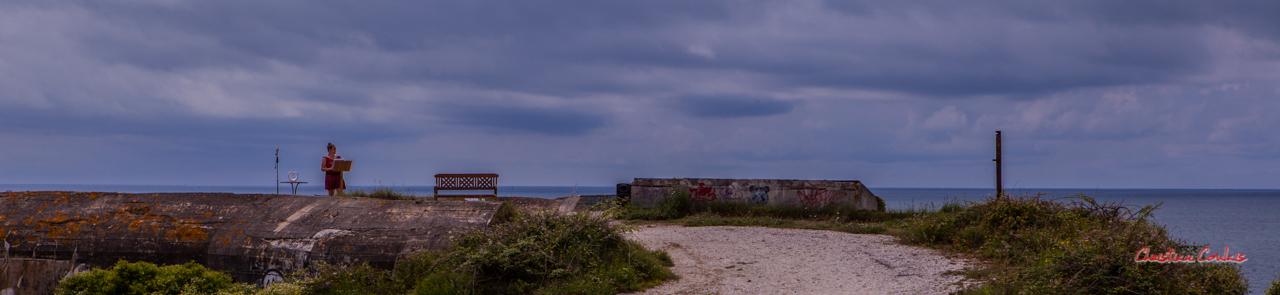 """""""Scène improbable 2"""" Bunker, batterie des Arros, mur de l'Atlantique, Soulac-sur-Mer. Samedi 3 juillet 2021. Photographie © Christian Coulais"""