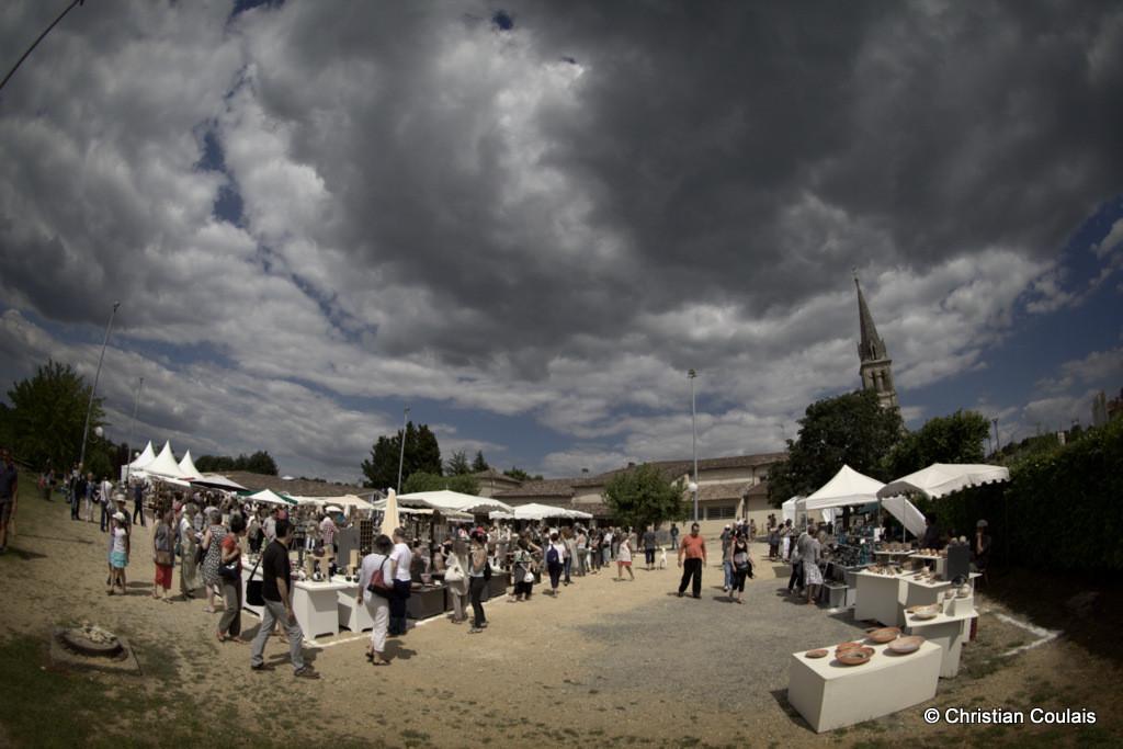 Fête de la Poterie et des Céramique. Manifestation internationale qui se déroule en juin. Sadirac, Gironde