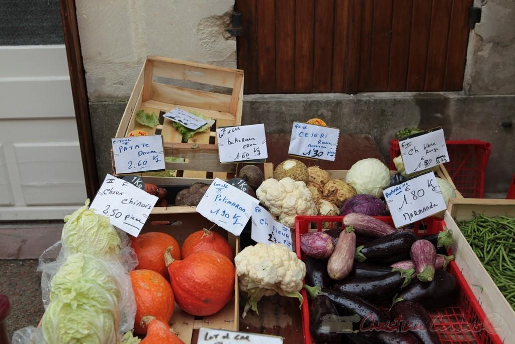 Stand de de producteur de légumes, Marché de Créon, Gironde