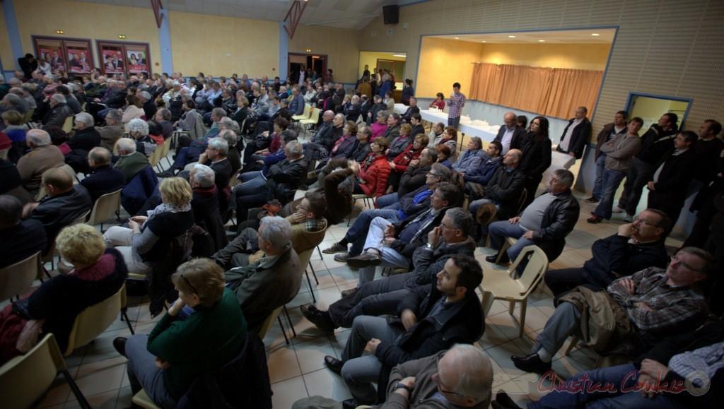 Le public nombreux rend hommage à Philippe Madrelle qui quitte la Présidence du département de la Gironde