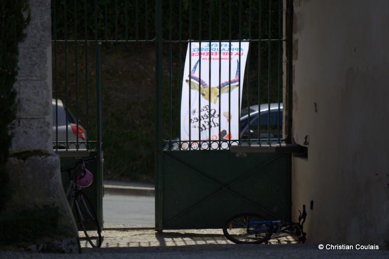 Festival JAZZ360, un dimanche matin à l'entrée du Château Lestange. Quinsac, Gironde