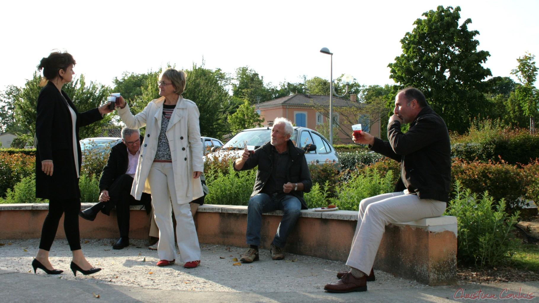 """Festival JAZZ360 2010, """"Ambiance"""", avant le concert de Sylvain Luc, Cénac"""