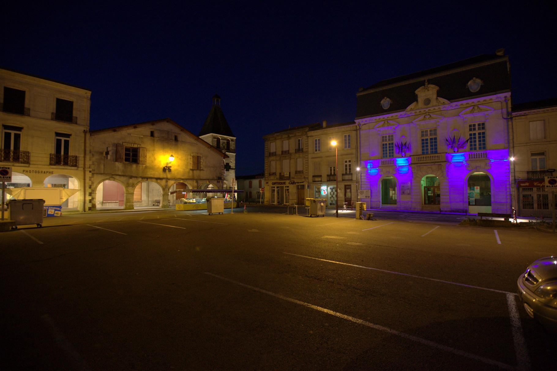 Place de la Prévôté, Créon