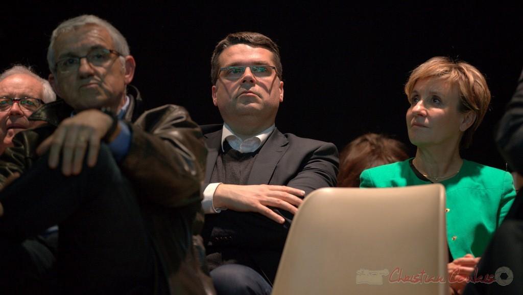 """Dominique Fedieu, candidat aux élections départementales, viticulteur, Maire de Cussac-Fort-Médoc et Pascal Got, Députée de Gironde, candidate. Meeting """"Majorité départementale"""", 9 mars 2015"""