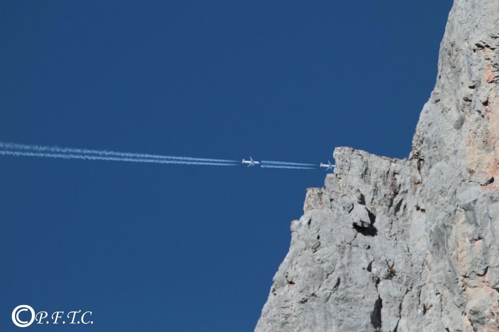 Course poursuite dans le ciel de Montarquis....(truquée évidemment..)