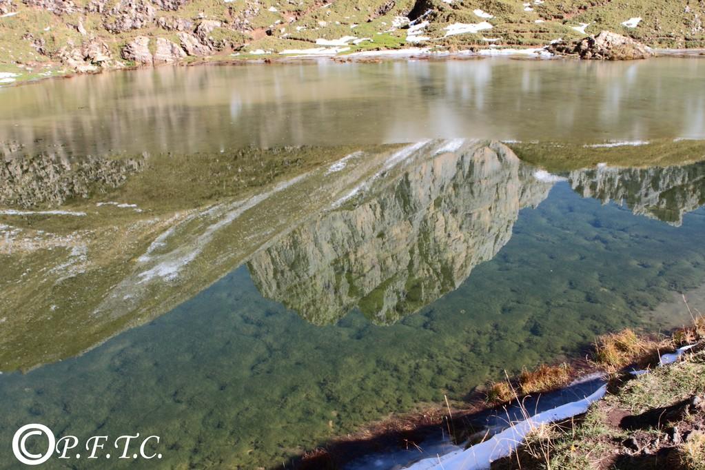 Le lac de Peyre