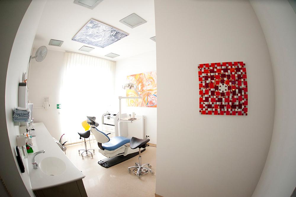 Behandlungszimmer, Zahnarztpraxis Dr. Reinhardt, Fürth