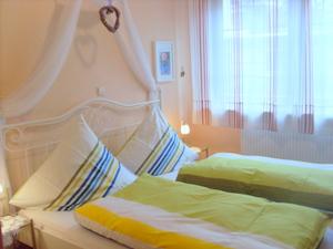 2. Schlafzimmer in Wohnung 3