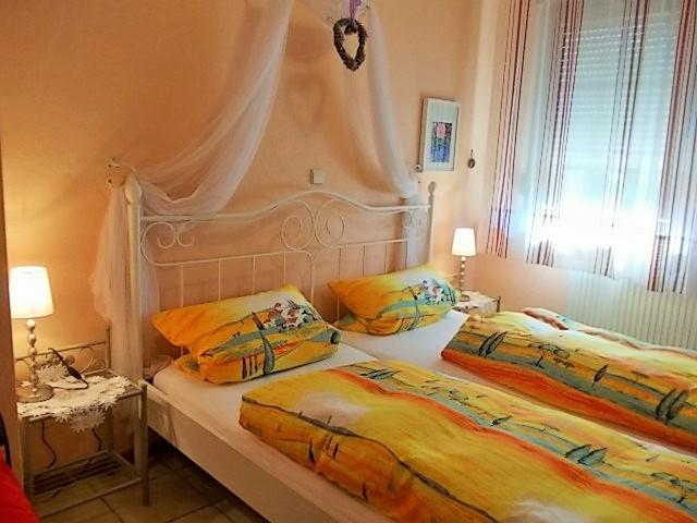 Schlafzimmer in Wohnung 3