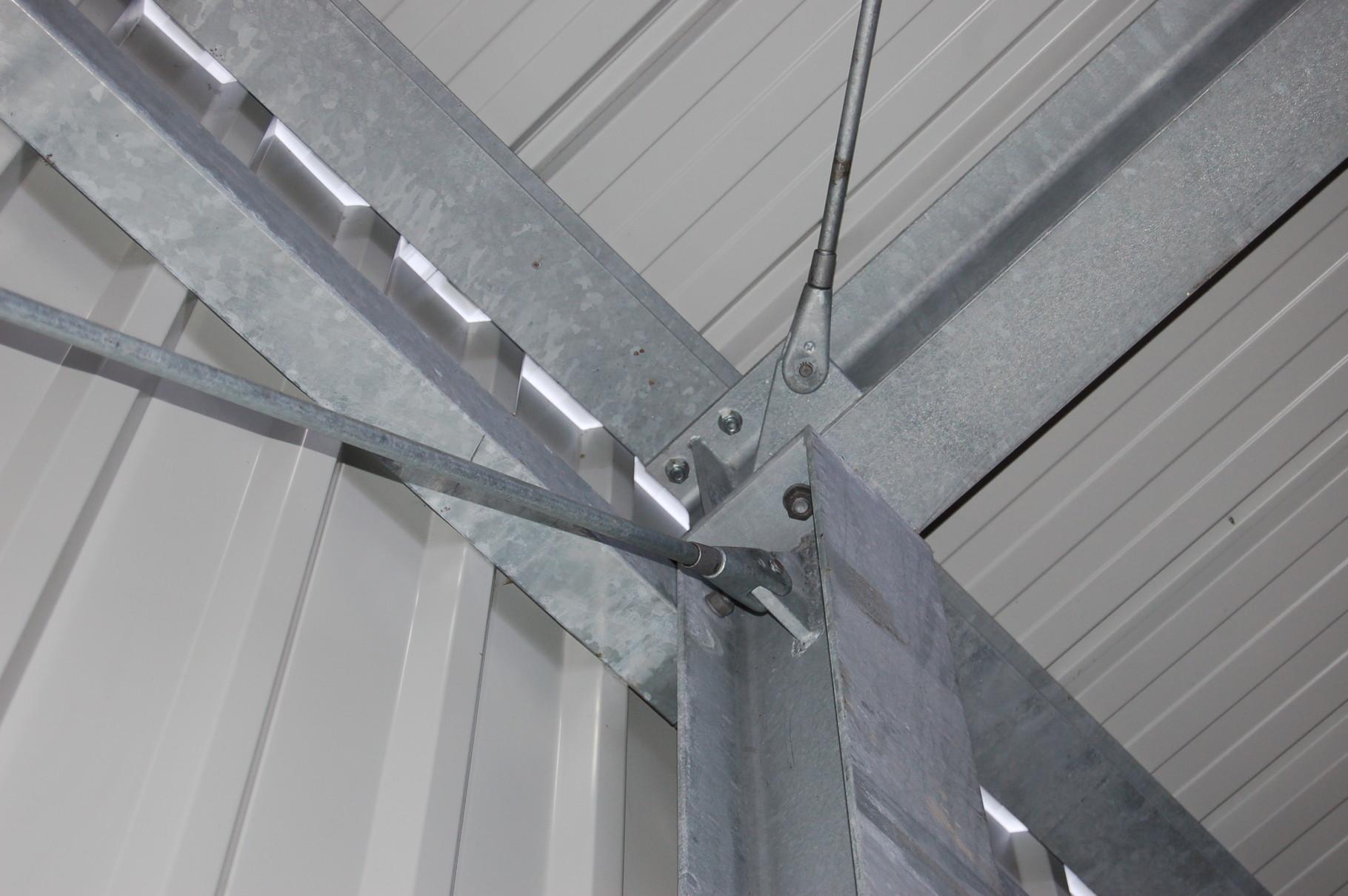 Detailbild einer Stahlkonstruktion der Fa. AM & S