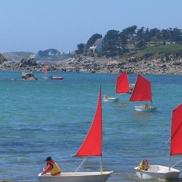 Sailing school on Batz island ©moulindebeuzidou