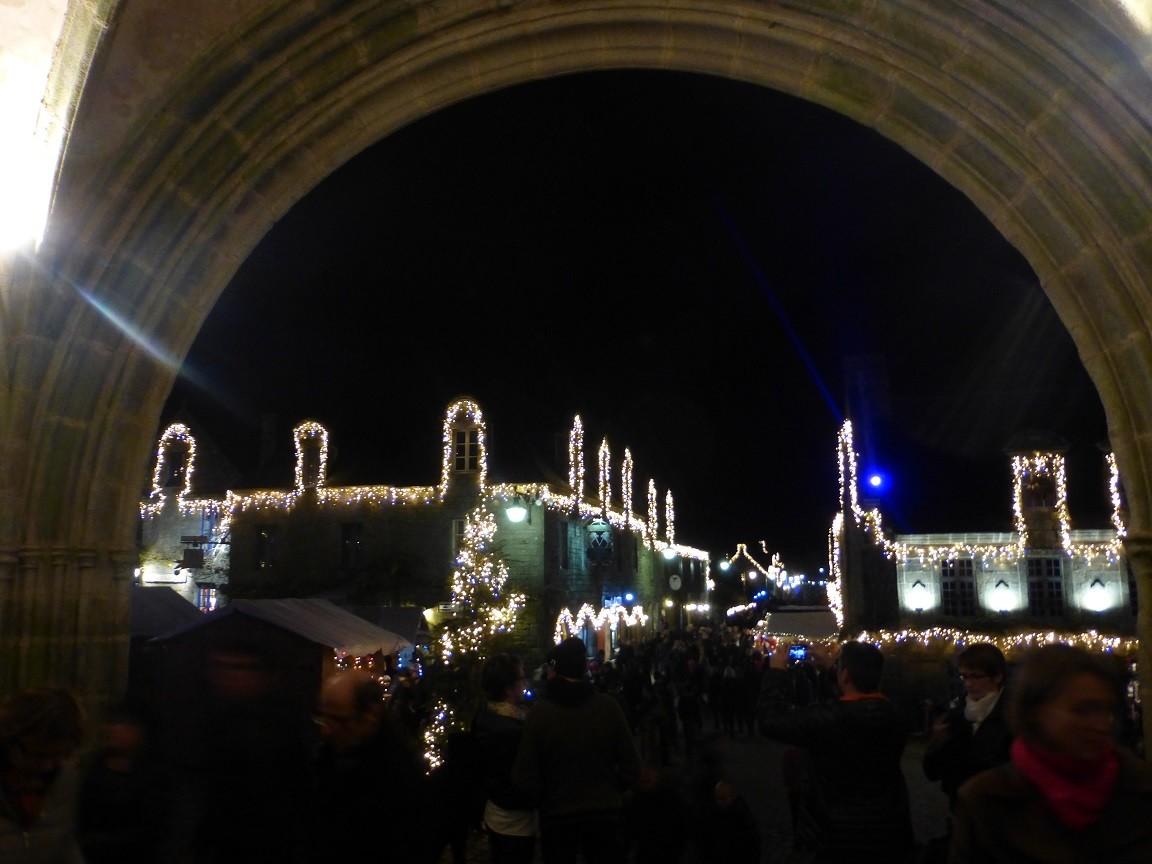 En fin d'année, Locronan brille de mille feux©moulindebeuzidou