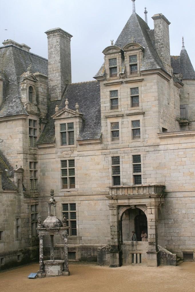 Kerjean castel in Saint-Vougay ©moulindebeuzidou