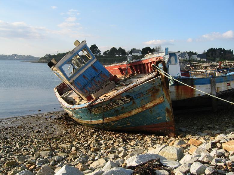 Presqu'île de Crozon, cimetière de bateaux©moulindebeuzidou