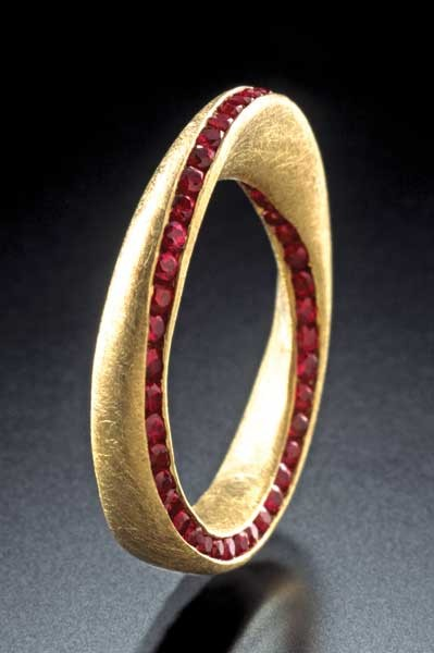 Möbius ring, rubies, 18ky, also available in diamonds, sapphires