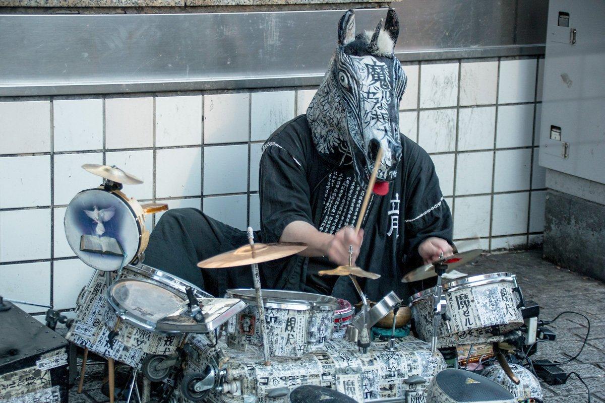 【完全解説】魔ゼルな規犬「20年以上活動続ける日本の純粋ストリート・アーティスト」