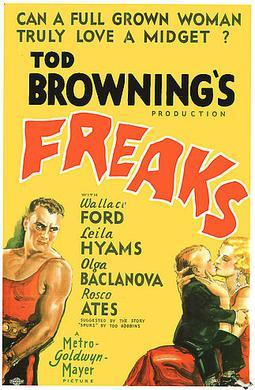 映画『フリークス』ポスター。左端は健常者の怪力男。右端は健常者の女曲芸師。